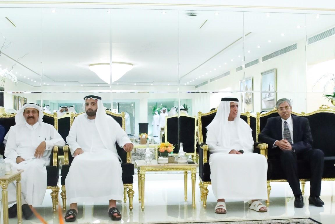 حاكم رأس الخيمة يواصل استقبال المهنئين بشهر رمضان