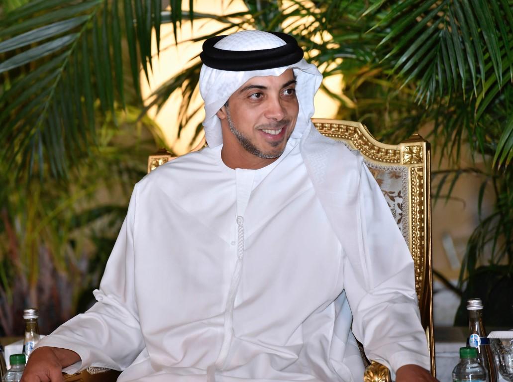 """منصور بن زايد يحضر مأدبة إفطار """" قضاء أبوظبي"""""""