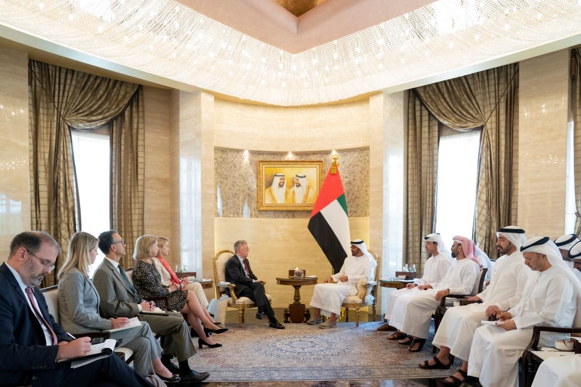 محمد بن زايد و مستشار الأمن القومي الأميركي يبحثان علاقات التعاون بين البلدين