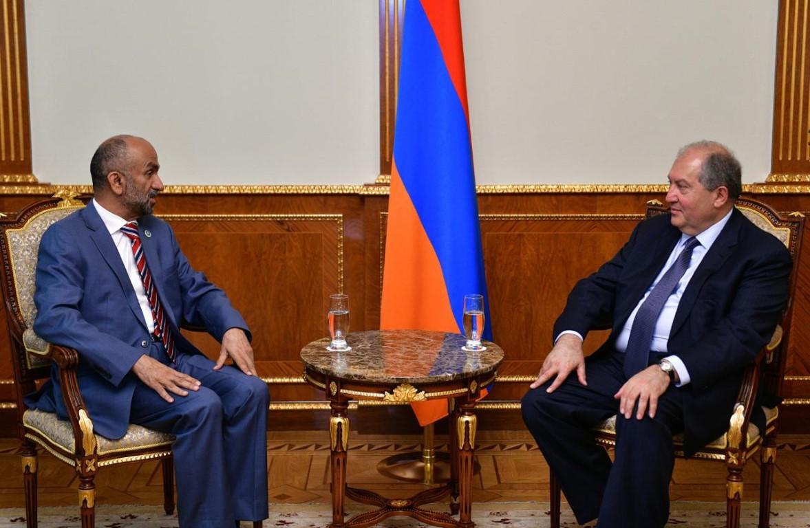الرئيس الأرميني يستقبل رئيس المجلس العالمي للتسامح والسلام