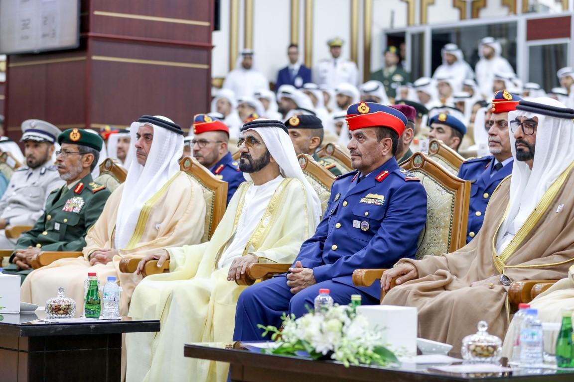 محمد بن راشد يرعى حفل تخريج الدورة السادسة في كلية الدفاع الوطني