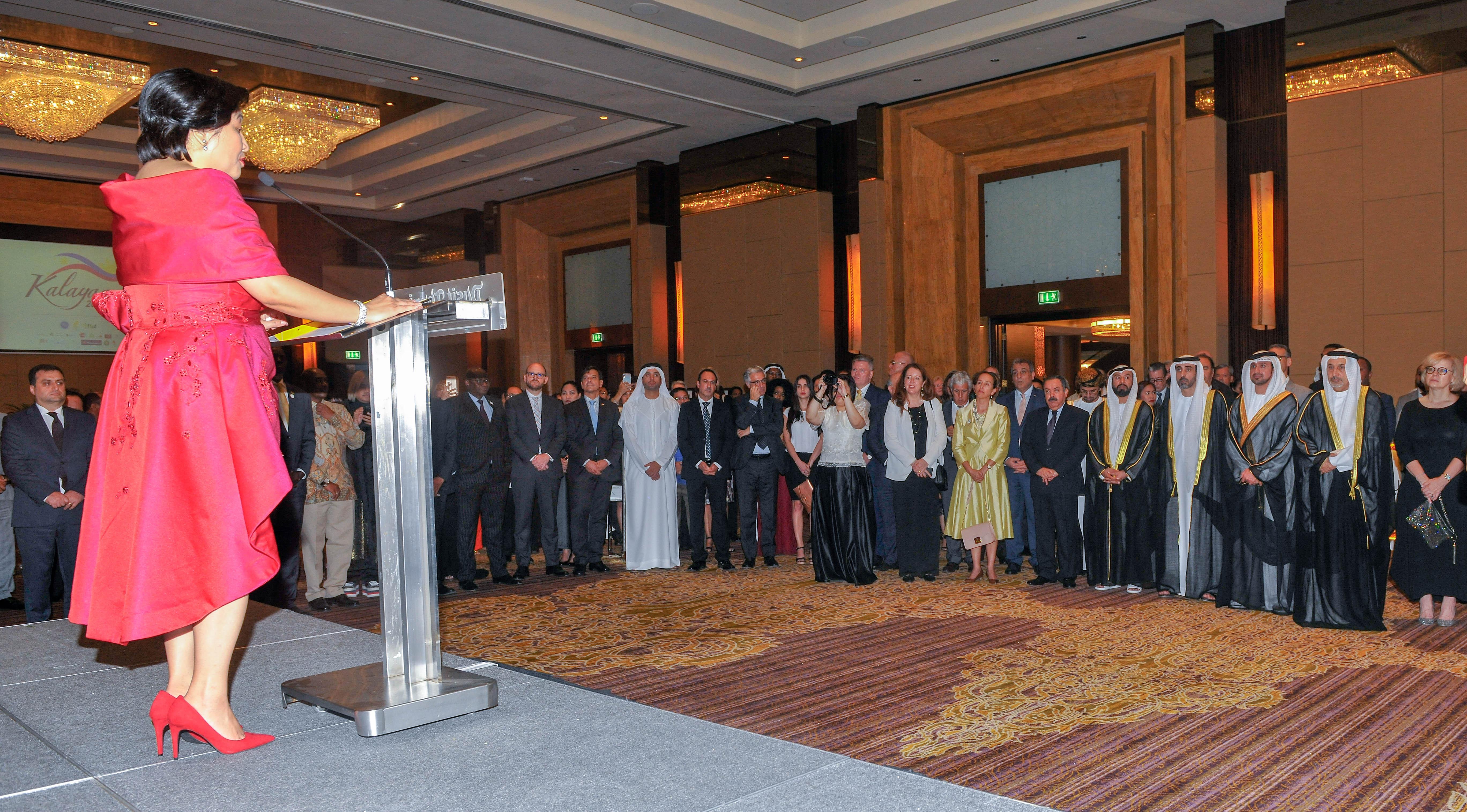 وكيل وزارة الخارجية يحضر حفل سفارة الفلبين بمناسبة اليوم الوطني