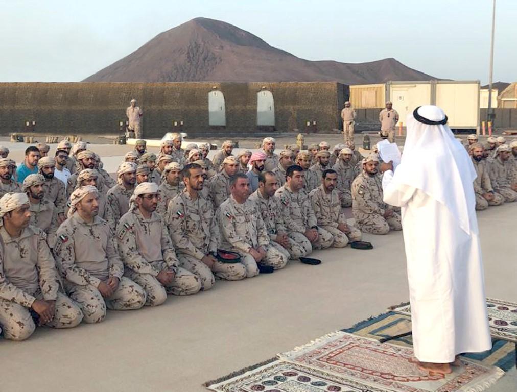 قادة القوات المسلحة يزرون قواتنا العاملة في اليمن