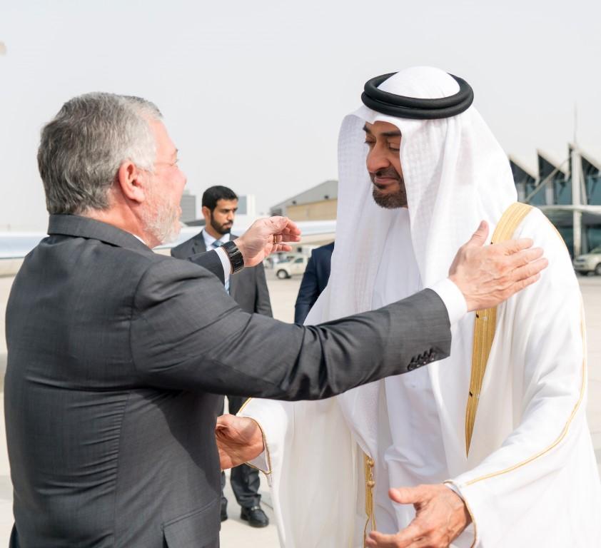 محمد بن زايد يستقبل ملك الأردن ويبحث معه تعزيز العلاقات الأخوية