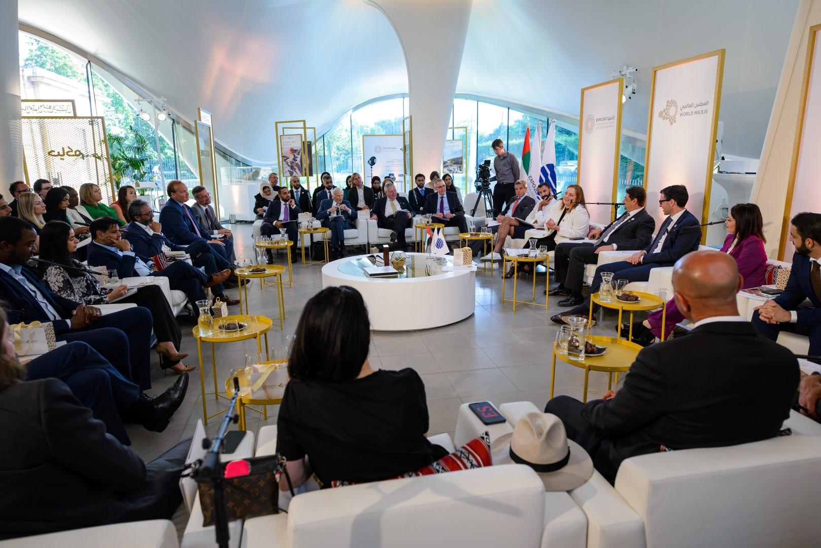 """المجلس العالمي لـ """" إكسبو 2020 """" يبحث الواقع المعزز وتأثيره على مستقبل البشرية"""