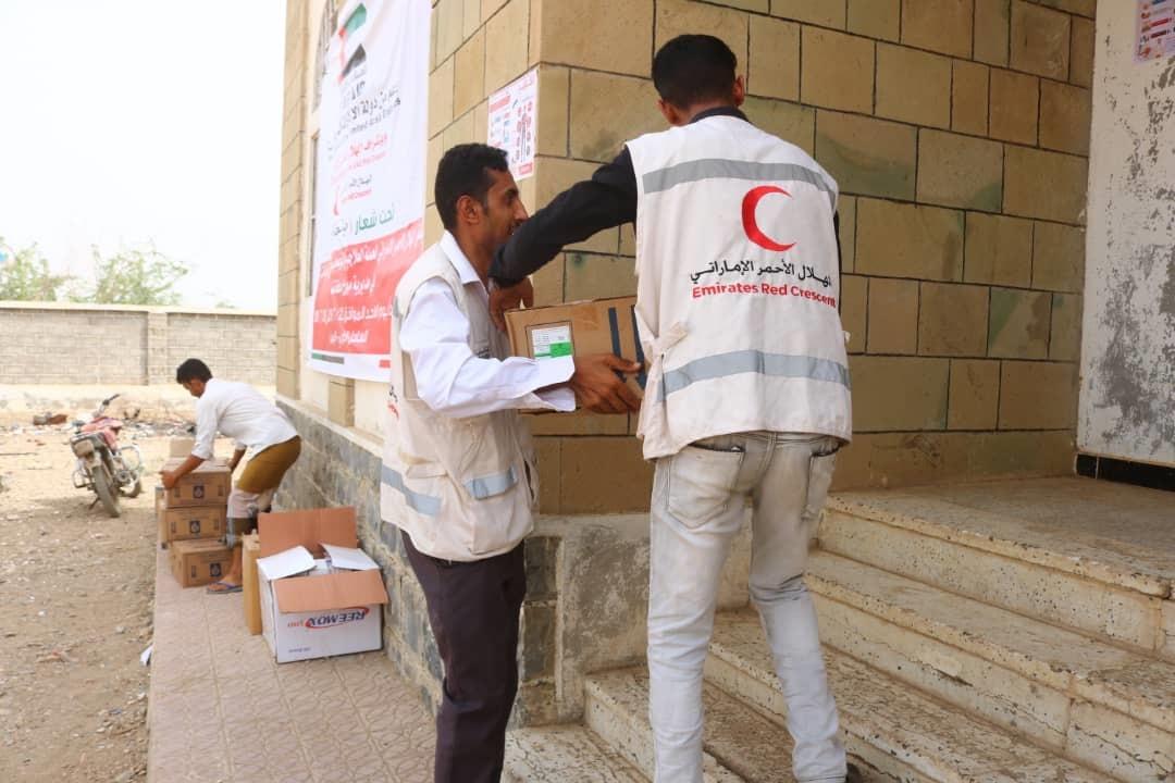 """الامارات تدشن حملة مكافحة """"الكوليرا"""" في """"موزع"""" بالساحل الغربي اليمني"""