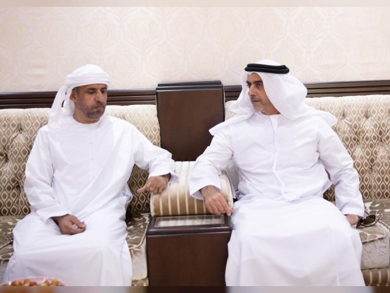 وكالة أنباء الإمارات سيف بن زايد وهزاع بن طحنون يقدمان