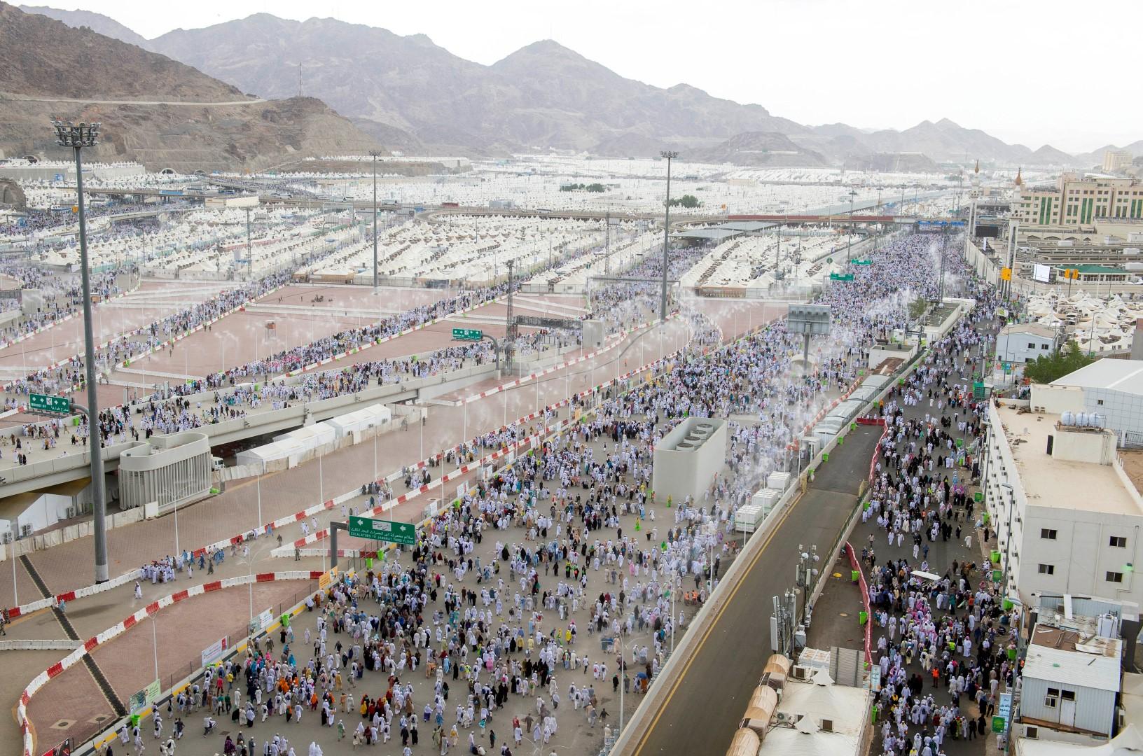السعودية.. مشاريع تطويرية عملاقة شاهدة على خدمة ضيوف الرحمن