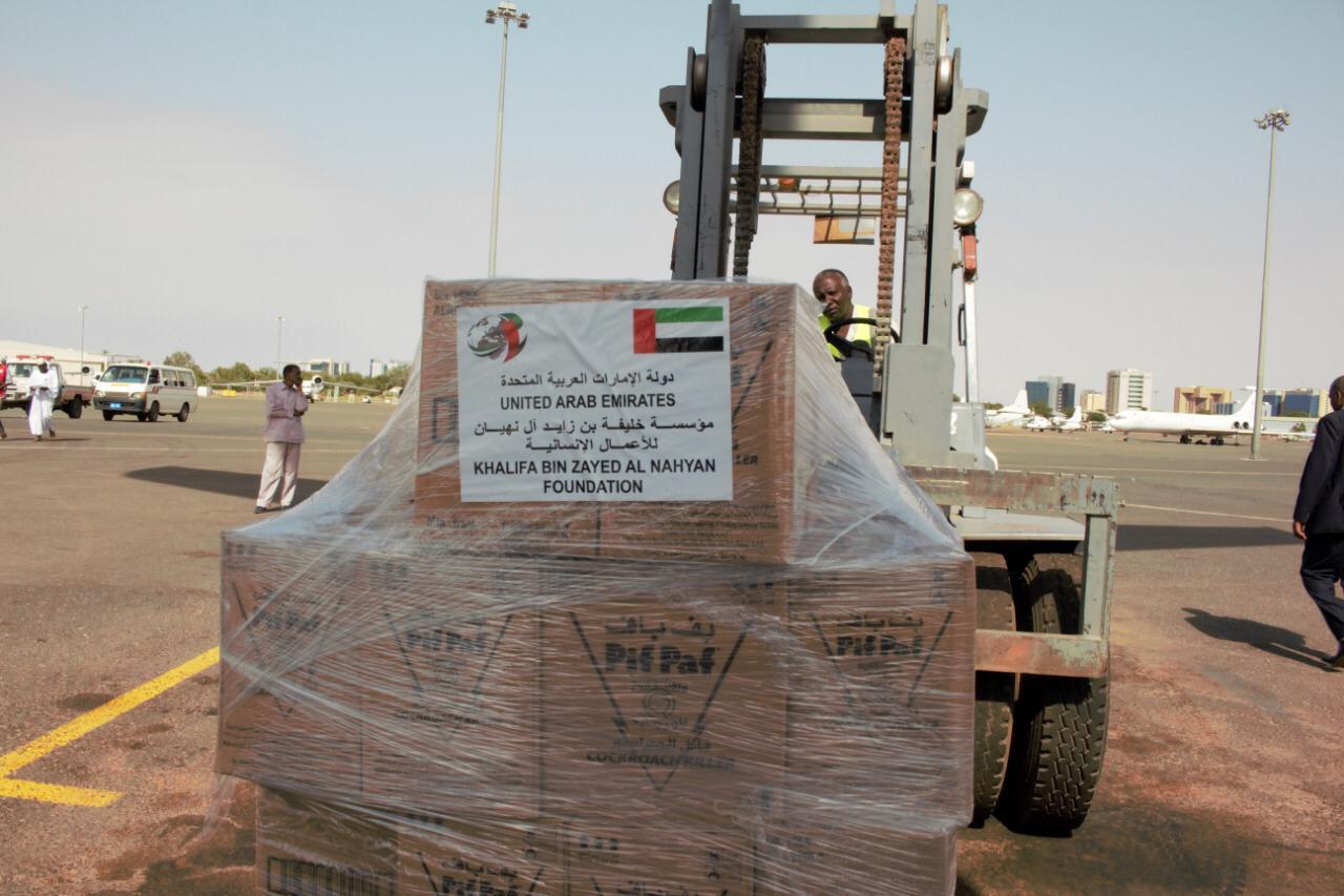 """""""خليفة الإنسانية"""" : الإمارات أنموذج مشرف للدول ذات المصداقية في العمل الإنساني"""