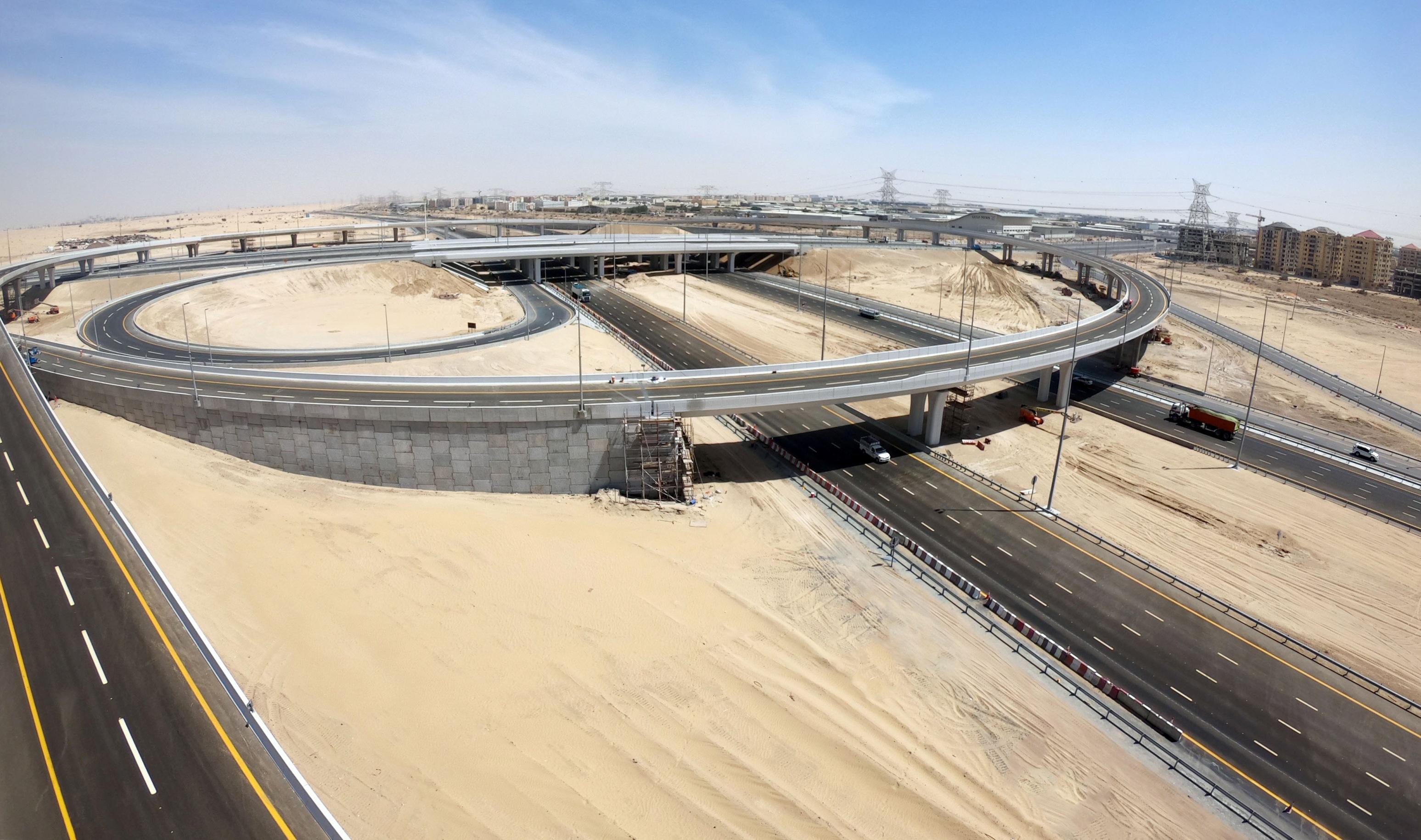 """طرق دبي تفتتح المرحلتين الثالثة والرابعة من مشروع الطرق المؤدية لــ"""" إكسبو"""""""