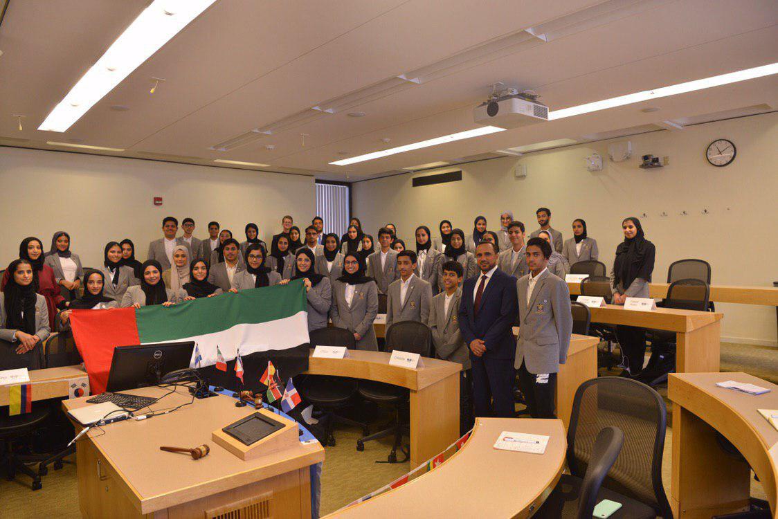 الدبلوماسية وسعادة سالم الشامسي القنصل العام للدولة في بوسطن في الجلسة الأخيرة لهم في الأمم المتحدة