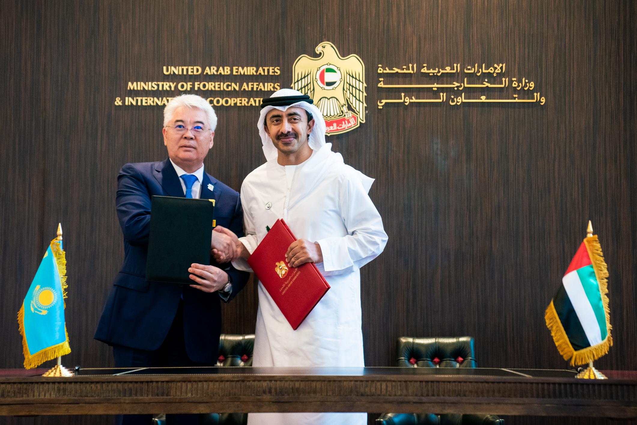 عبدالله بن زايد يترأس أعمال اللجنة المشتركة بين الإمارات وكازاخستان