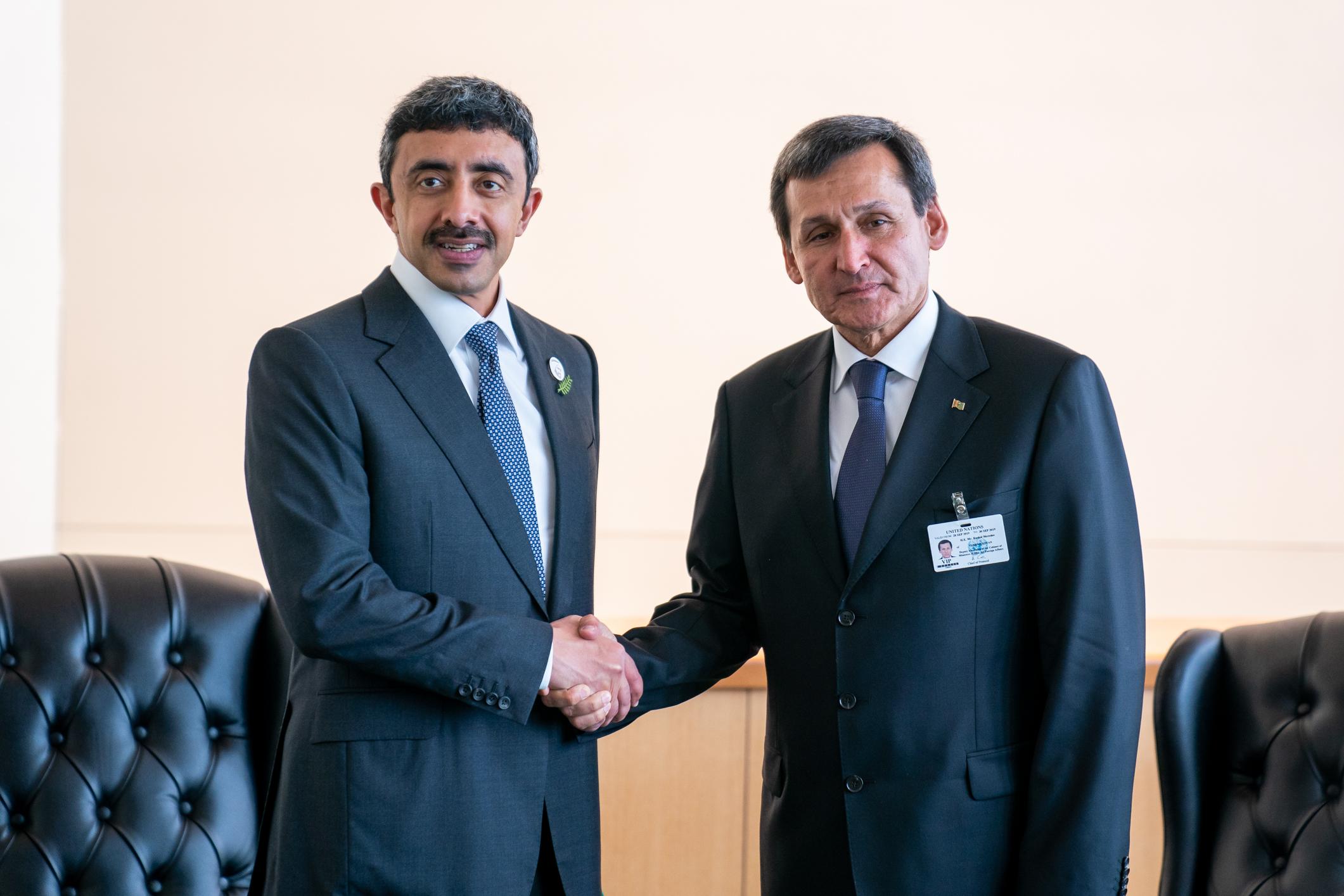 عبدالله بن زايد يلتقي وزير خارجية تركمانستان