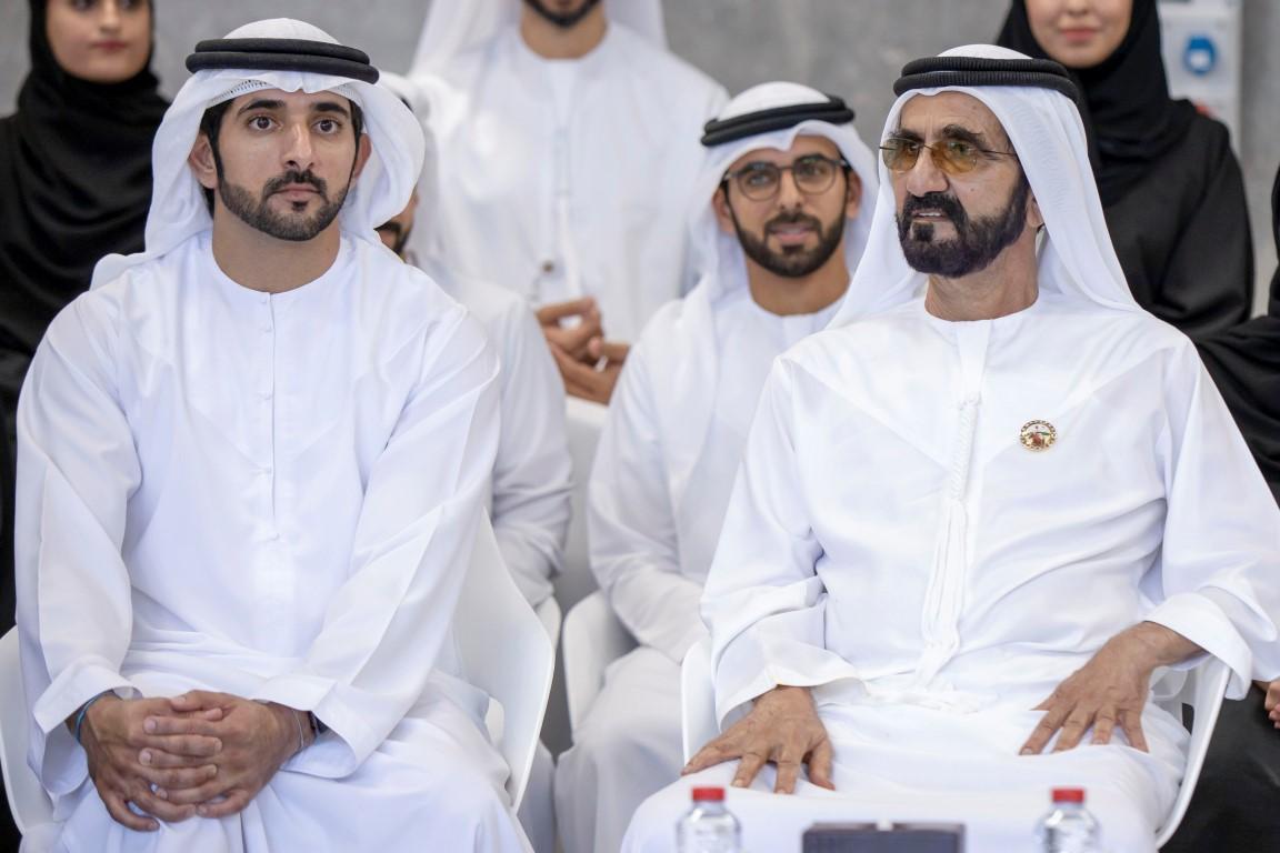 محمد بن راشد يترأس جلسة عصف ذهني سنوية مع فريق عمله