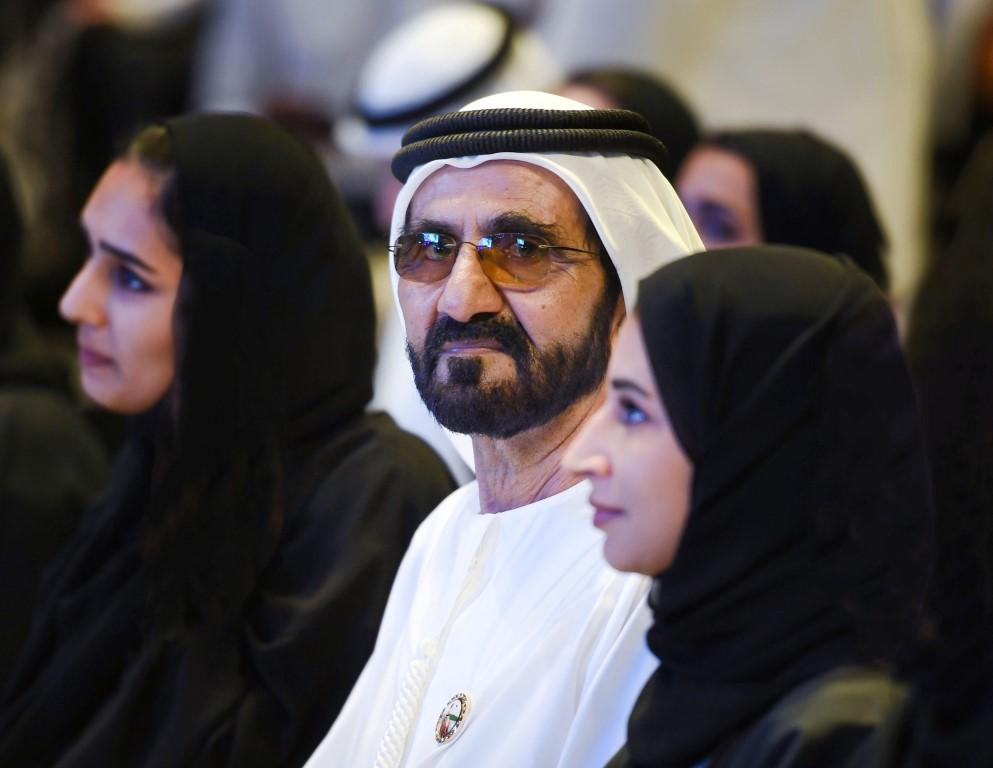 """محمد بن راشد يحضر جانبا من فعالية """"تحقيق المستحيل"""""""