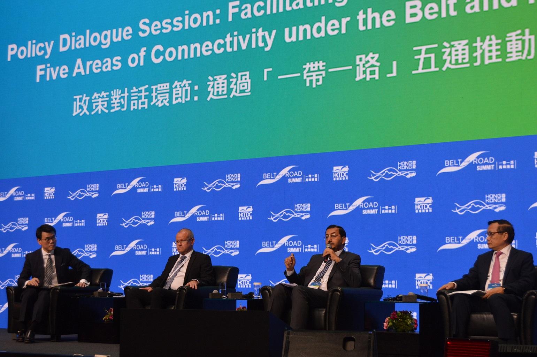 """الإمارات تستعرض في هونغ كونغ مقوماتها الاقتصادية والاستثمارية لدعم مشاريع """"الحزام والطريق"""""""
