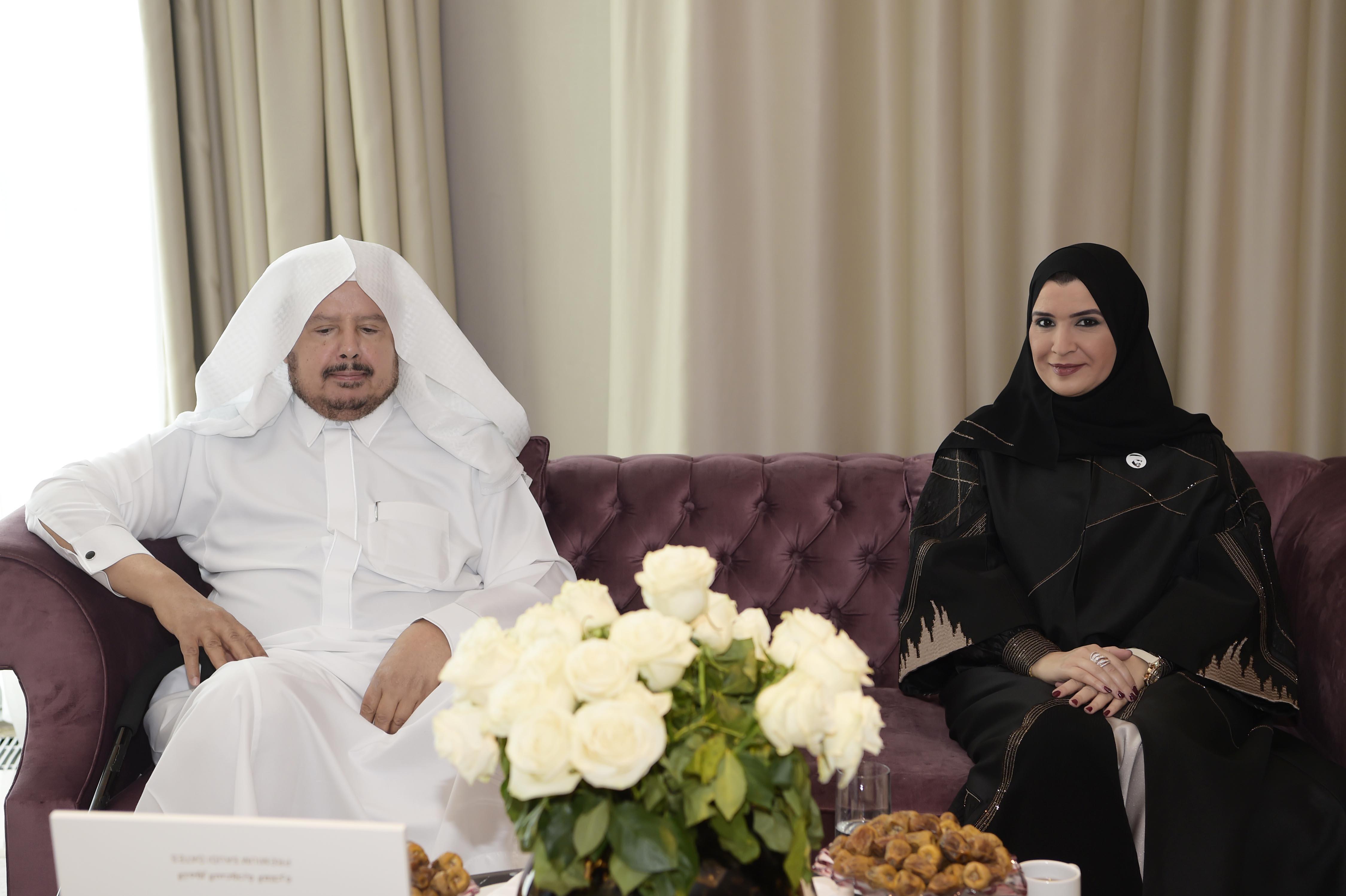 """أمل القبيسي تلتقي رئيس الشورى السعودي خلال اجتماع برلمانات """"آوراسيا"""" بكازاخستان"""