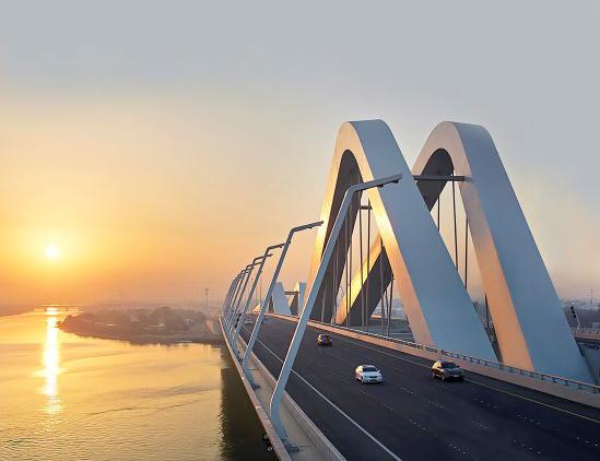 دائرة النقل في أبوظبي تكشف عن خططها ونماذج الطرق الموحدة الرائدة عالميا