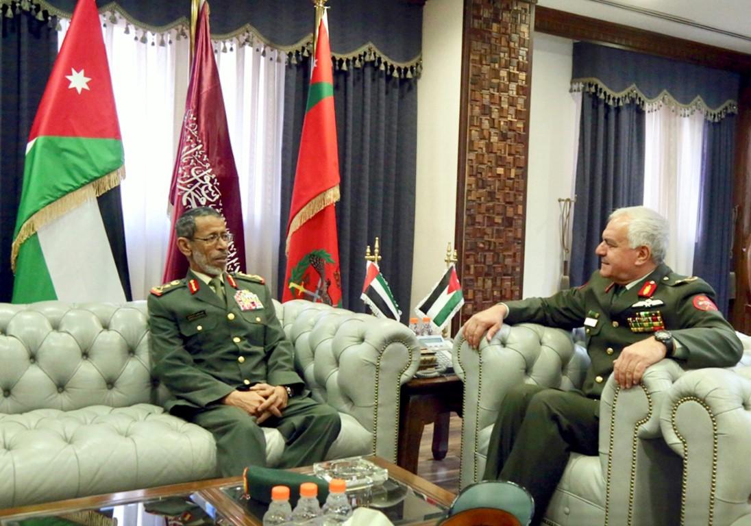 بحث علاقات التعاون العسكرية والدفاعية بين الإمارات والأردن