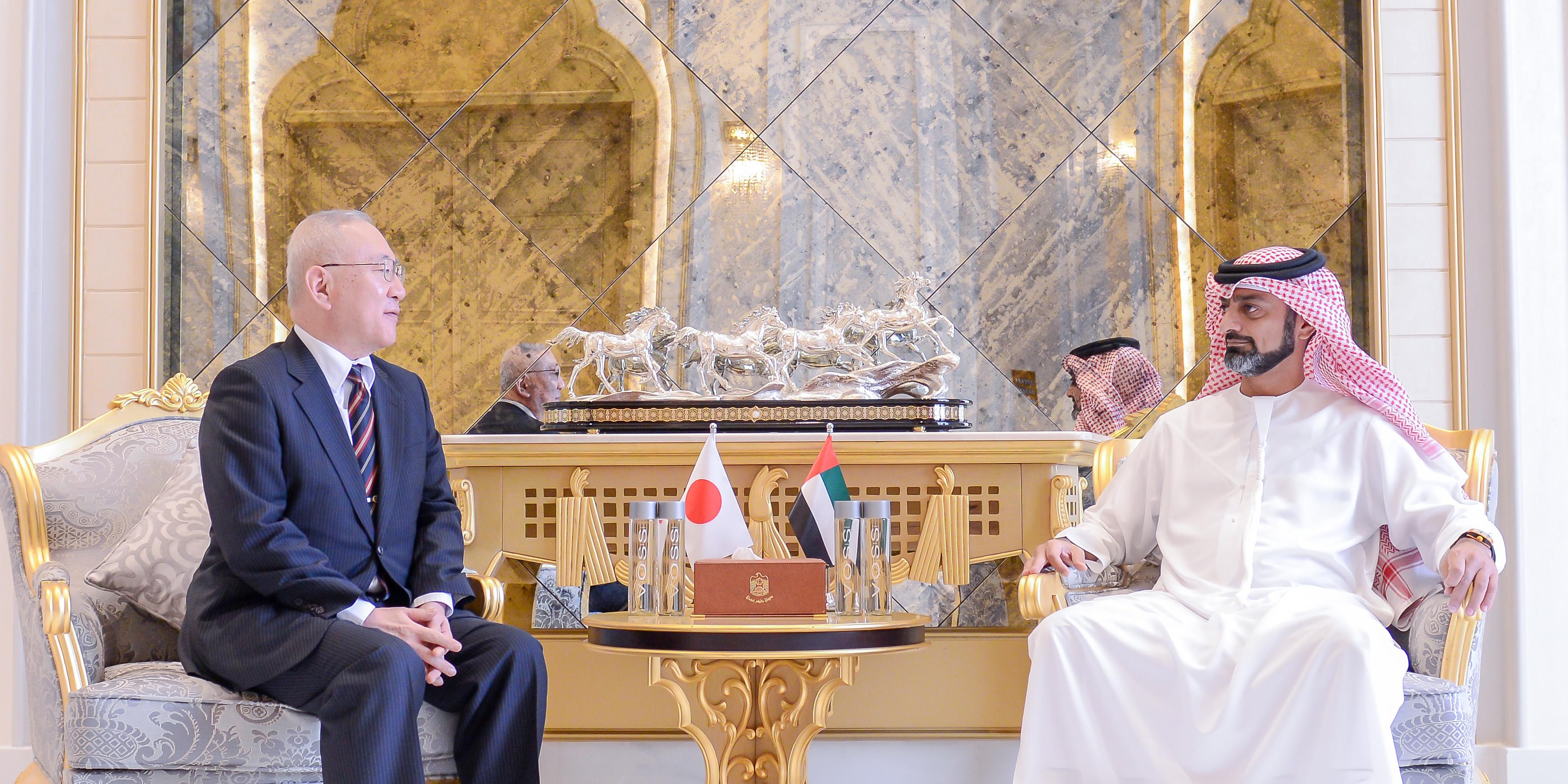 ولي عهد عجمان يستقبل سفير اليابان