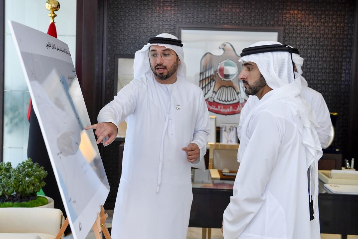 حمدان بن محمد يستعرض مع ذياب بن محمد بن زايد مستجدات شبكة السكك الحديدية الوطنية