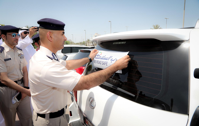 """شرطة أبوظبي تطلق حملة """"درب السلامة """"بخمس لغات"""
