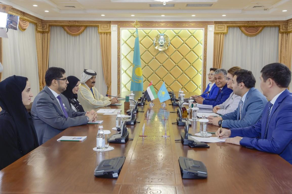أمل القبيسي ورئيسة مجلس الشيوخ في كازاخستان تبحثان التعاون البرلماني
