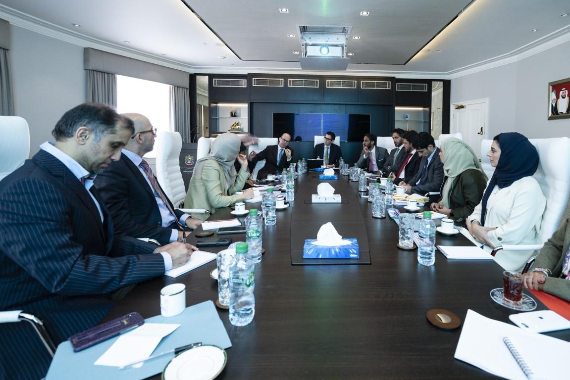 لجنة دبي للاتصال الخارجي تناقش في لندن فرص تعزيز التعاون بمجال الاتصال الاستراتيجي