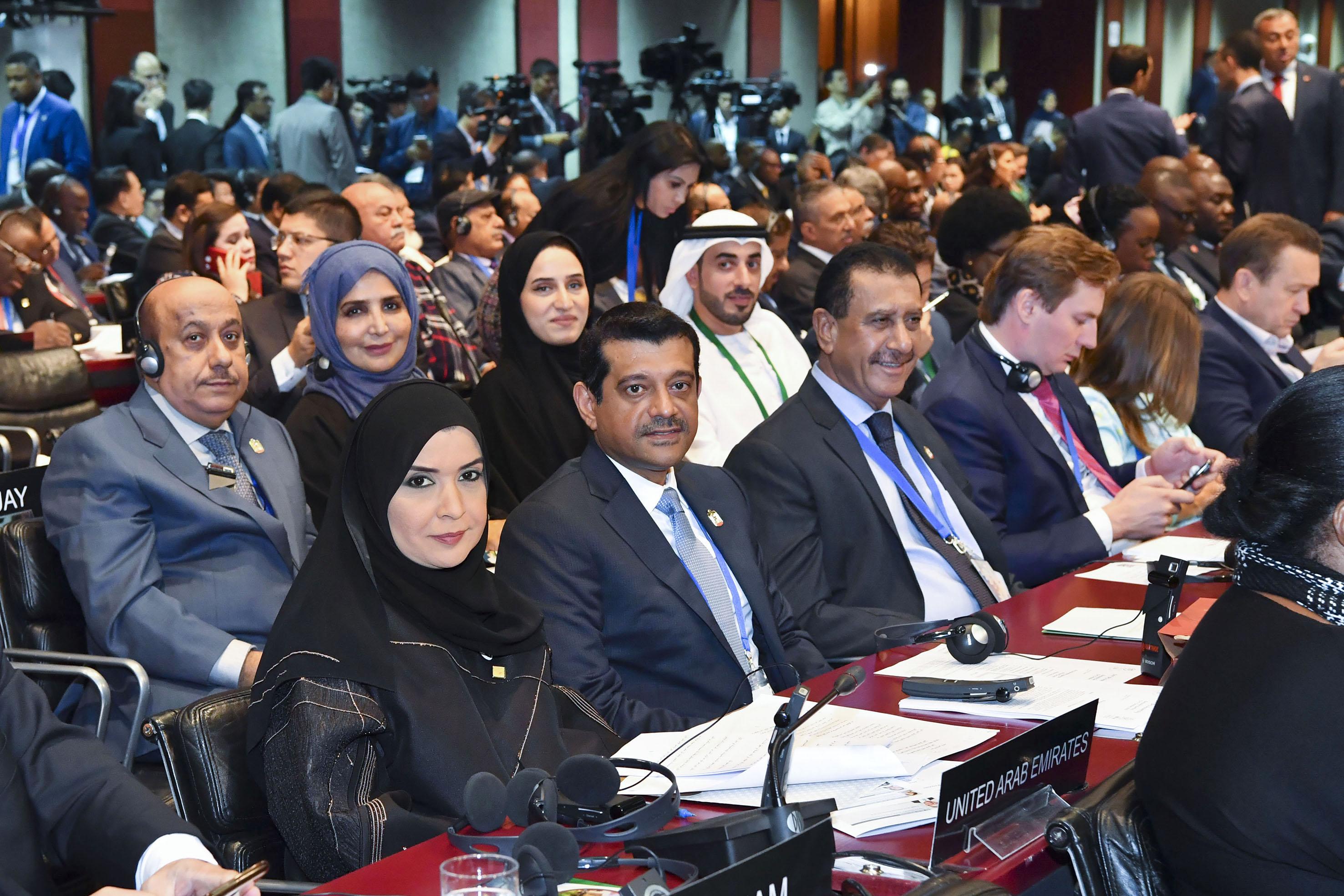 أمل القبيسي : على البرلمانيين الإضطلاع بدورهم في توطيد ركائز الأمن و السلام في العالم