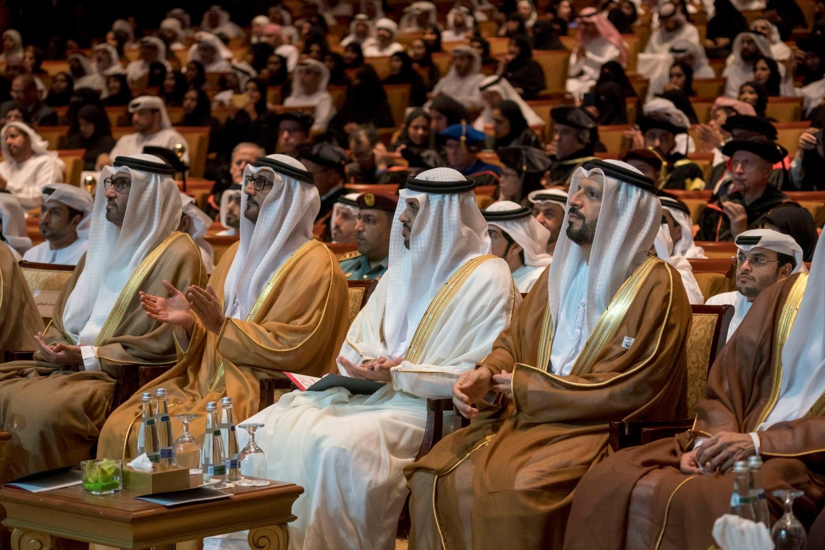 ذياب بن محمد بن زايد يشهد حفل تخريج طلبة جامعة خليفة للعام 2019