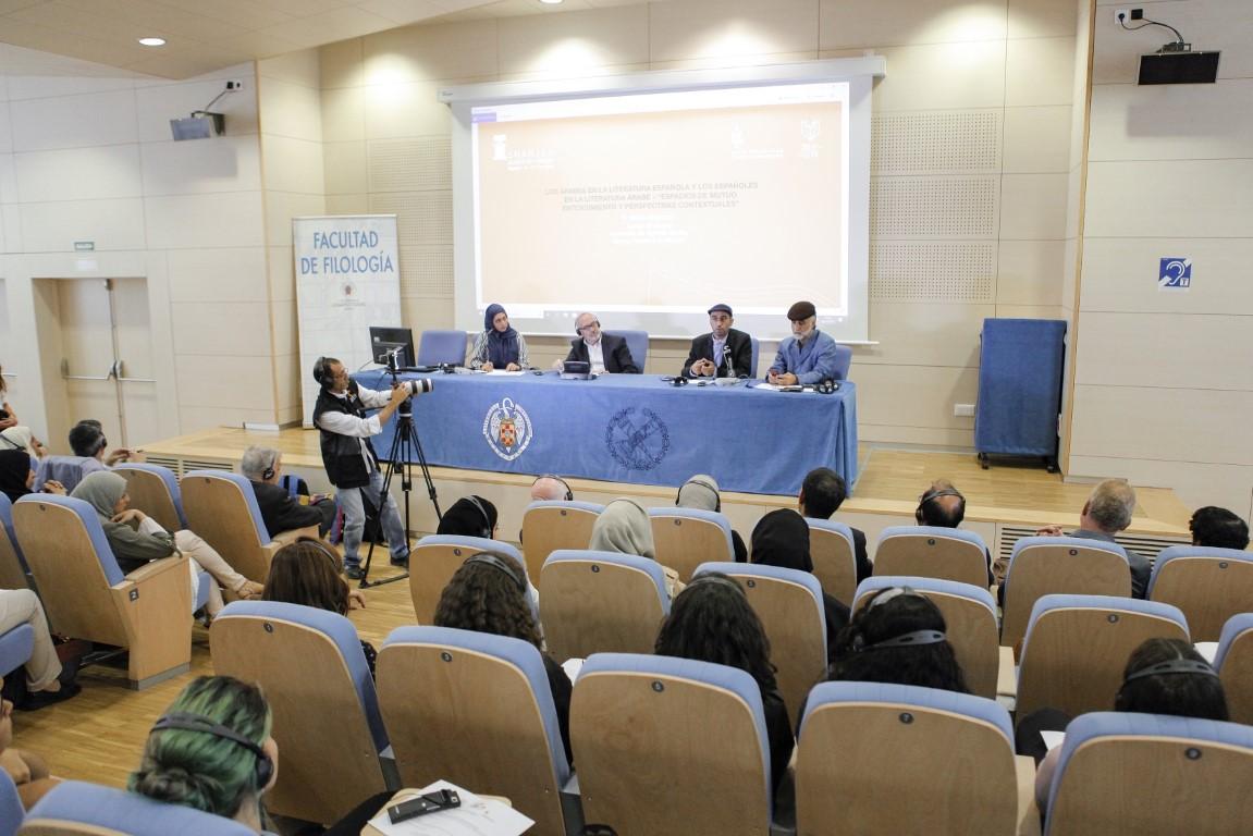 مثقفو الإمارات يحاورون نظراءهم الإسبان حول التاريخ الحضاري والثقافي المشترك