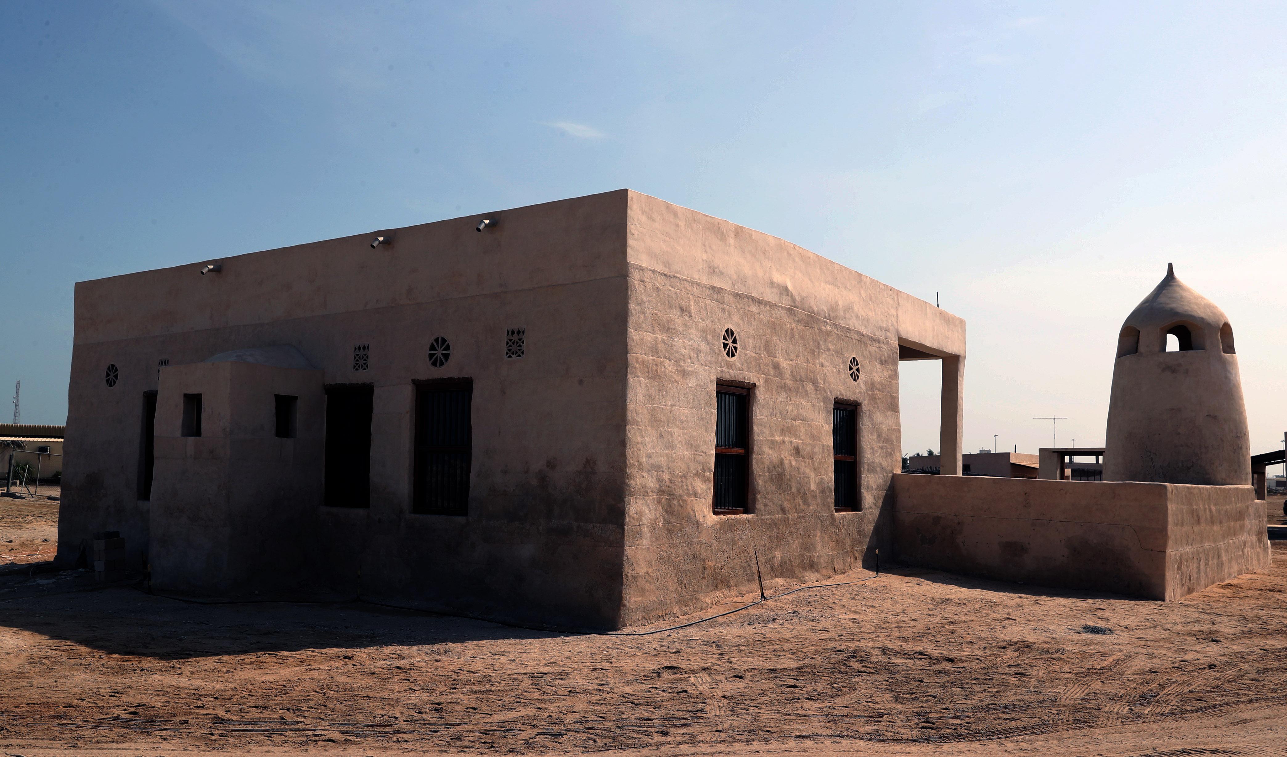 تقرير مجتمعي / الجزيرة الحمراء القديمة في رأس الخيمة تزخر بعبق الماضي وآصالته