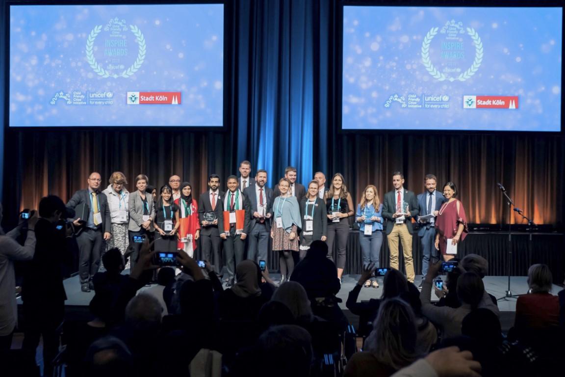 الشارقة تتسلم جائزة اليونيسيف للمدن الصديقة للأطفال و اليافعين