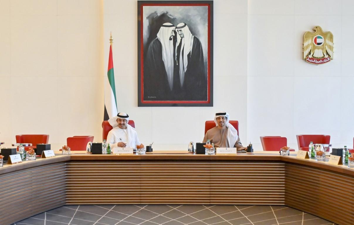 منصور بن زايد يترأس اجتماع مجلس إدارة صندوق أبوظبي للتنمية