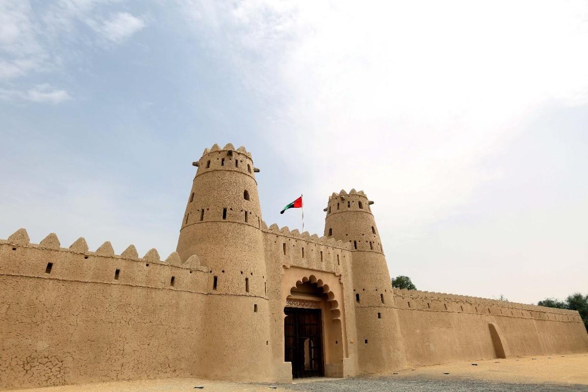 """""""دائرة الثقافة والسياحة"""" تنظم 10 فعاليات ضمن برنامج العين الثقافي ديسمبر المقبل"""