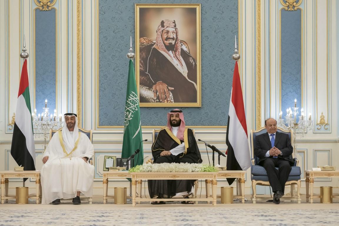 محمد بن زايد ومحمد بن سلمان يشهدان مراسم توقيع