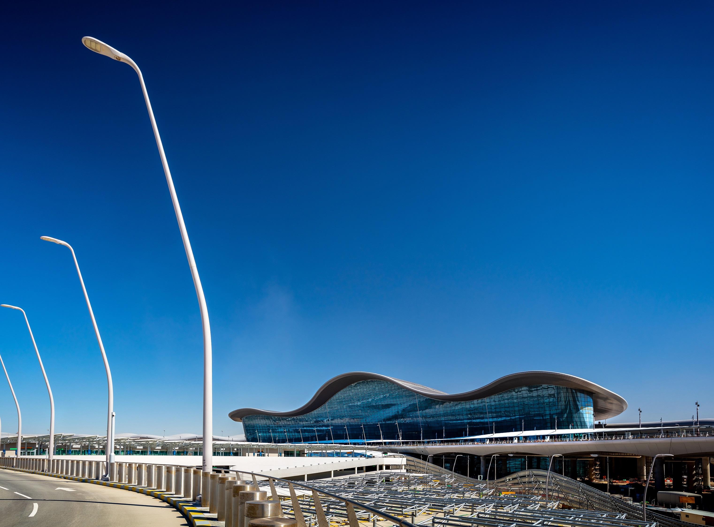 مطار أبوظبي الجديد يرسي معياراً رائداً للمطارات على مدار الـ 20 عاماً المقبلة