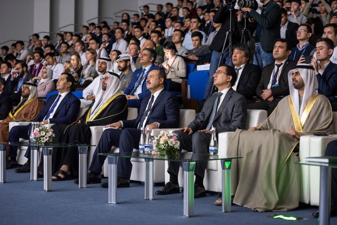 """الإمارات وأوزبكستان تطلقان مبادرة """" مليون مبرمج أوزبكي """""""