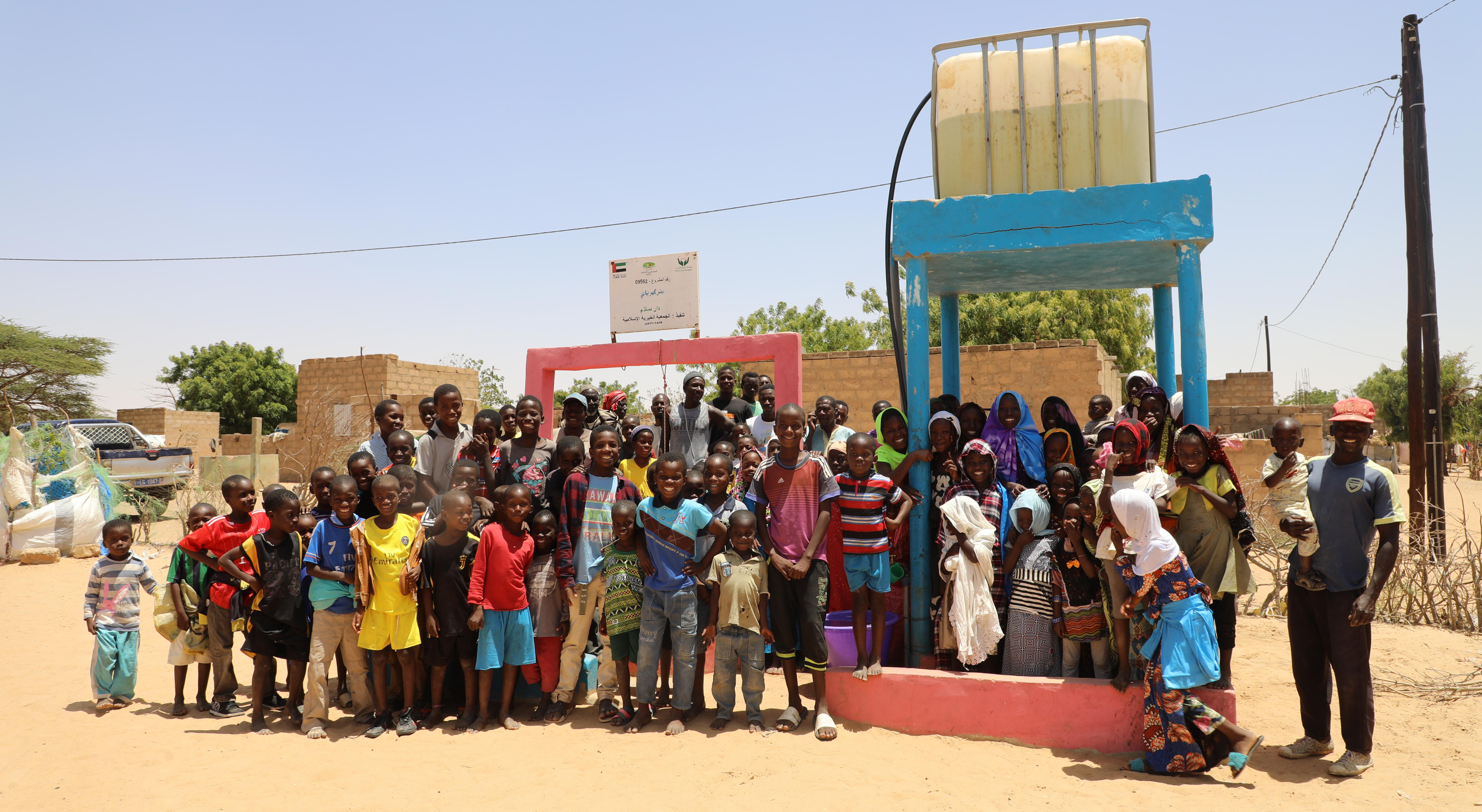 الشارقة الخيرية : حملة سقيا الخير تنفذ 434 بئرا وشبكة مياه في 12 دولة
