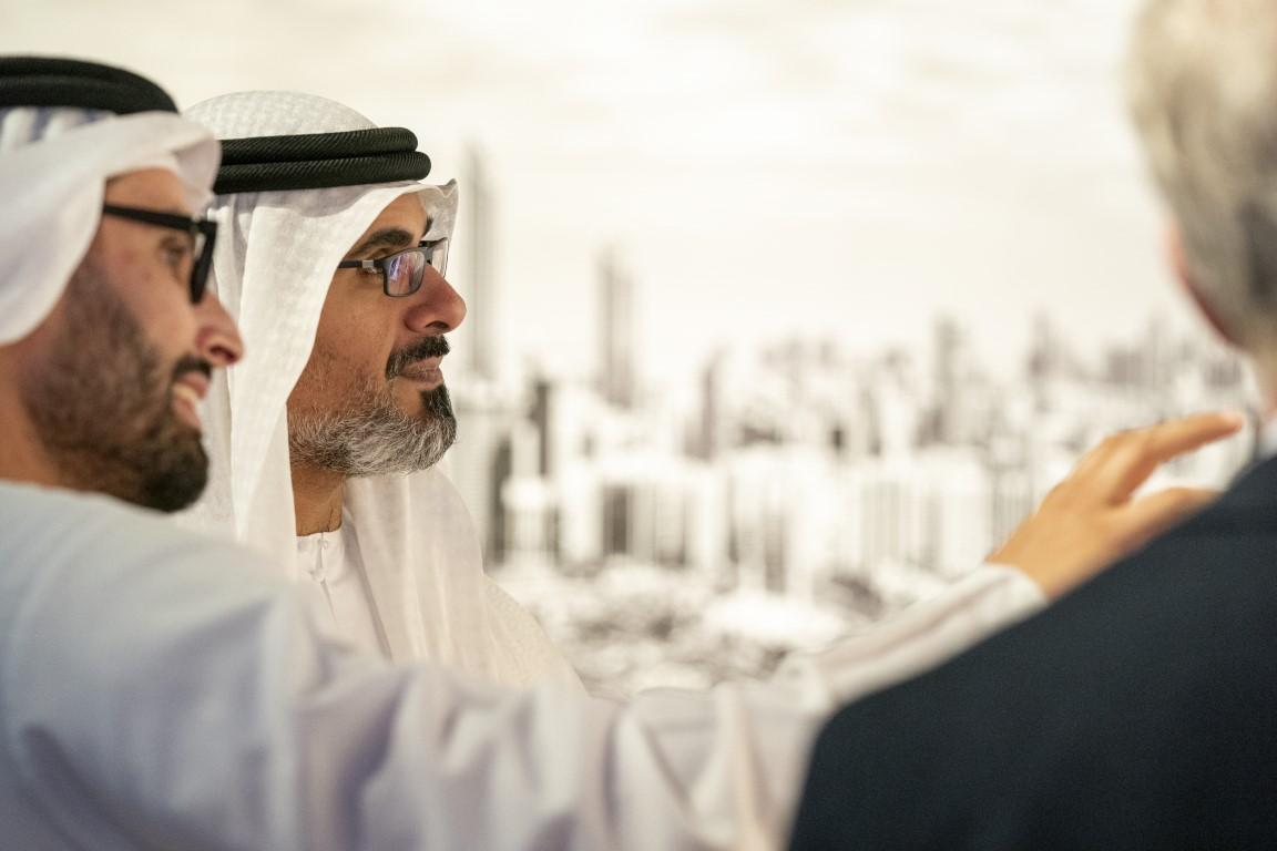 خالد بن محمد بن زايد يطلع على الاستراتيجية الثقافية الخمسية لأبوظبي