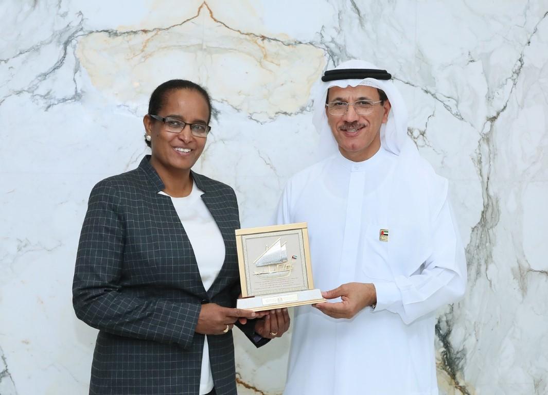 المنصوري يبحث مع وزيرة التجارة الإثيوبية آفاق التعاون التجاري