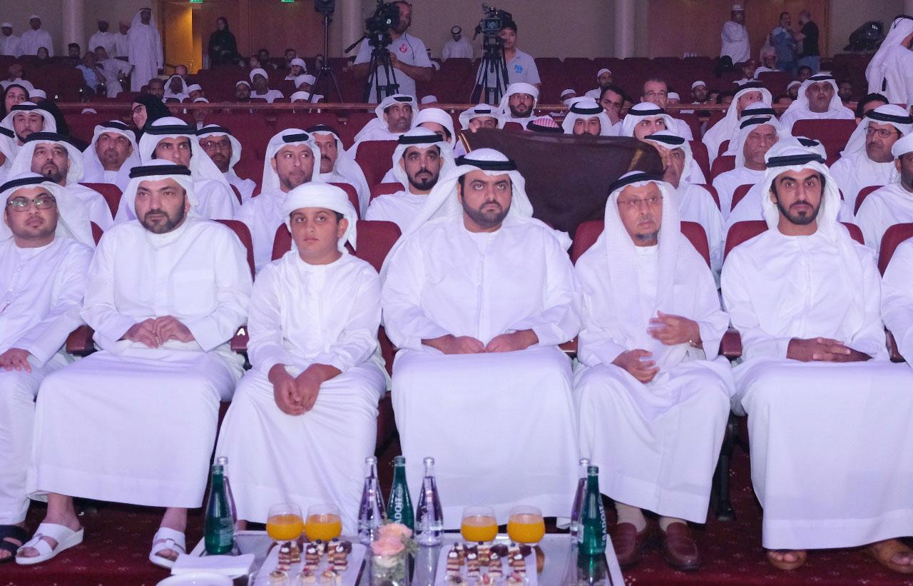 إعادة /محمد بن حمد الشرقي يشهد احتفالية المولد النبوي الشريف في الفجيرة