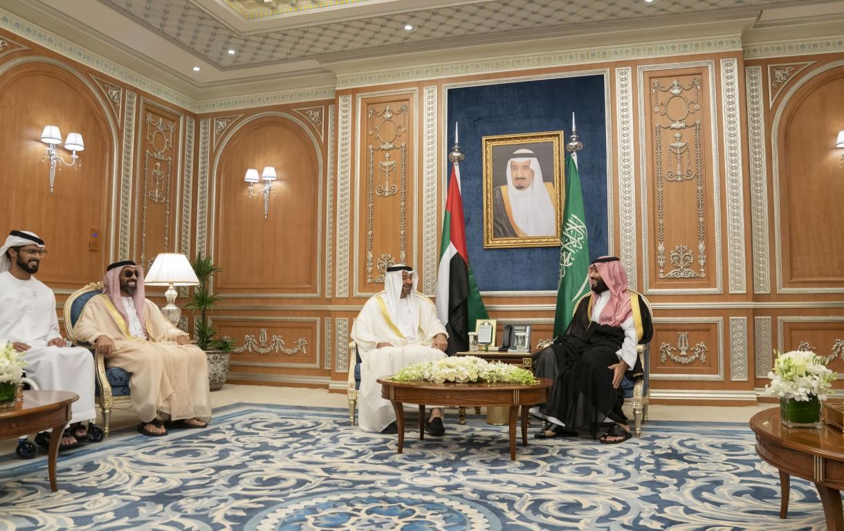 محمد بن زايد ومحمد بن سلمان يبحثان علاقات البلدين