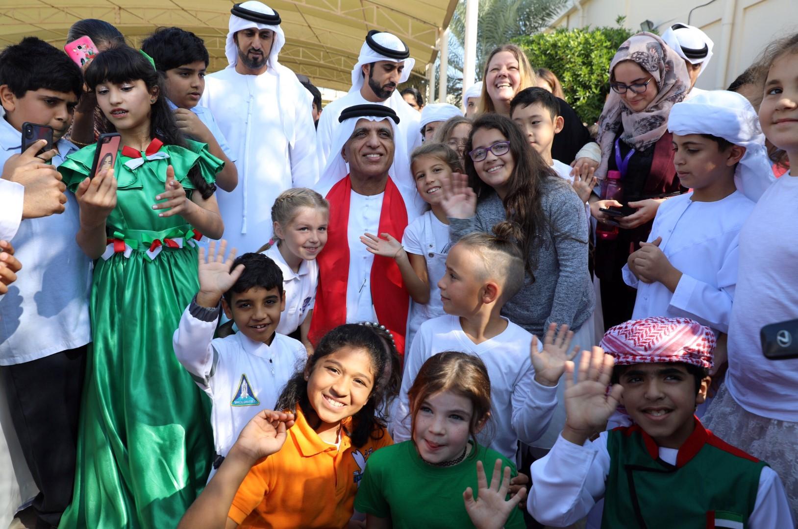 سعود بن صقر القاسمي يشهد احتفالات أكاديمية رأس الخيمة باليوم الوطني الـ48 للدولة