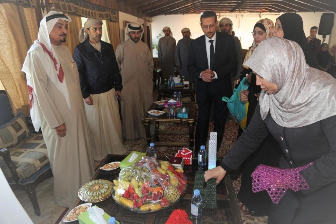 حميد النعيمي يوجه بتقديم مساعدات شتوية للأسر المحتاجة ويحضر حفل الأيتام في الاردن