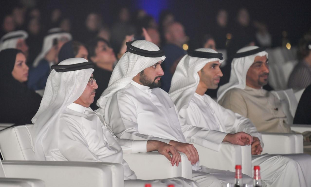 أحمد بن محمد يكرم الفائزين في جائزة محمد بن راشد آل مكتوم العالمية للمياه