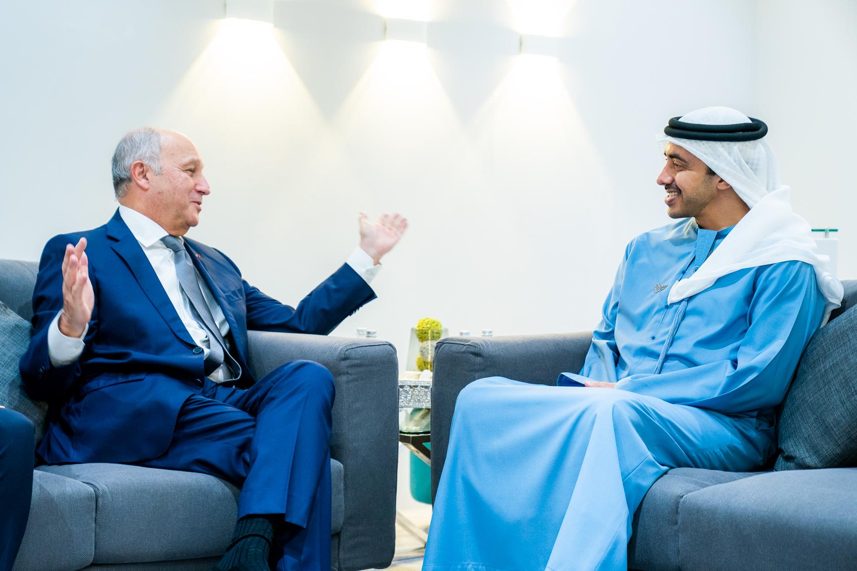 عبدالله بن زايد يستقبل رئيس المجلس الدستوري الفرنسي