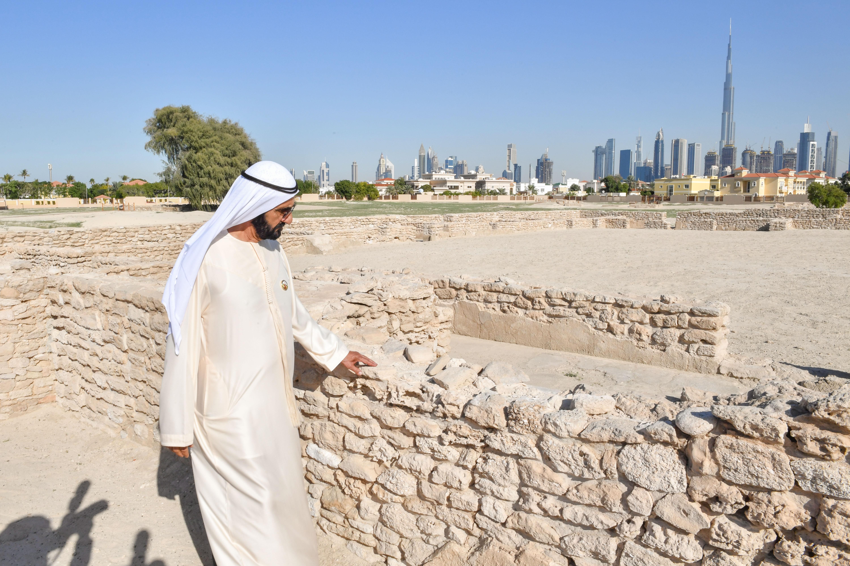Правитель Дубая посетил археологический памятник Джумейра