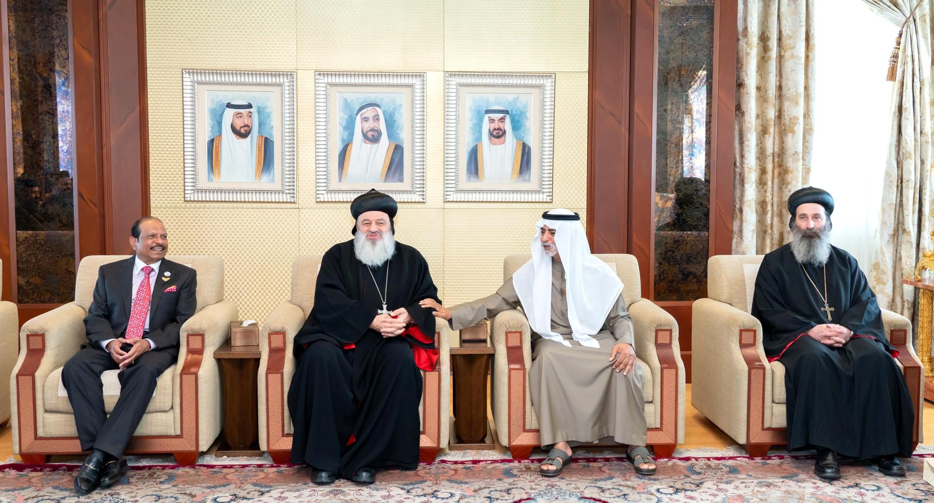نهيان بن مبارك يستقبل الرئيس الأعلى للكنيسة السريانية الأرثوذكسية في العالم