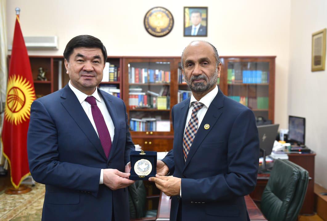 رئيس وزراء قيرغيزستان يستقبل وفد المجلس العالمي للتسامح والسلام